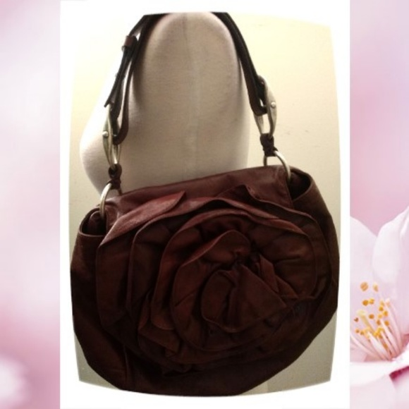 691cf6e77f88 YSL Yves Saint Laurent Brown Leather Flower Bag. M 5c7d82c1baebf63adf21f86f